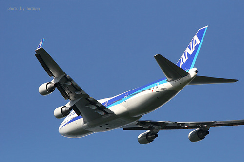 ANA B747-400